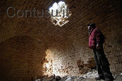 castello_di_gioiosa_guardia-5