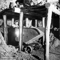 Carrello in miniera