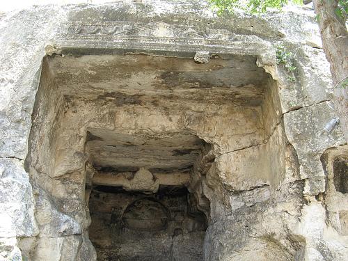 la grotta della vipera